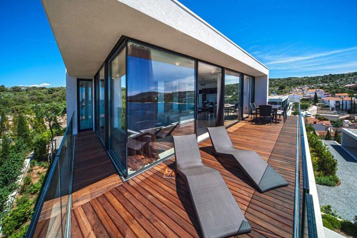 modern-complex-luxury-villas-apartments-dalmatian-region-06