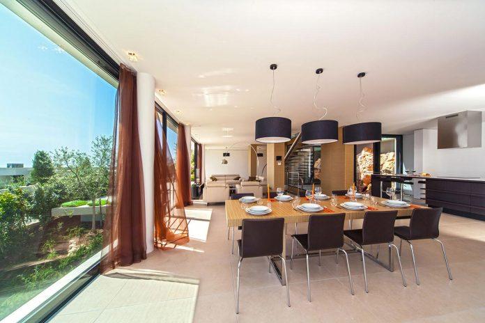 modern-complex-luxury-villas-apartments-dalmatian-region-10