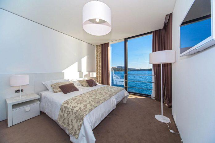 modern-complex-luxury-villas-apartments-dalmatian-region-14