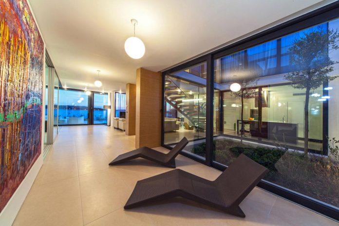 modern-complex-luxury-villas-apartments-dalmatian-region-16