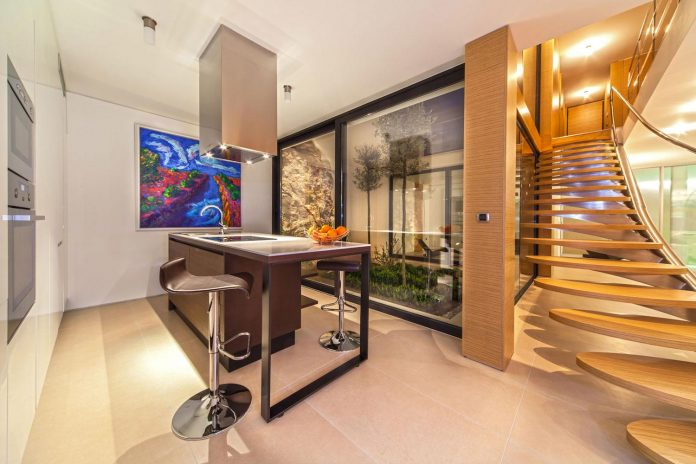 modern-complex-luxury-villas-apartments-dalmatian-region-17