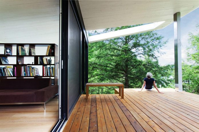 modern-house-woods-polish-sculptor-jacek-jarnuszkiewicz-06
