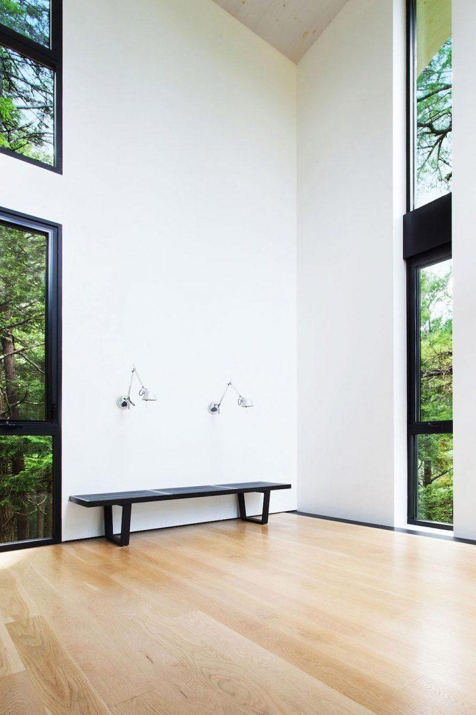 modern-house-woods-polish-sculptor-jacek-jarnuszkiewicz-07