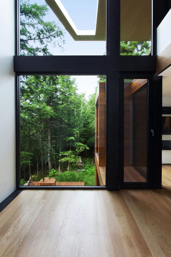 modern-house-woods-polish-sculptor-jacek-jarnuszkiewicz-08