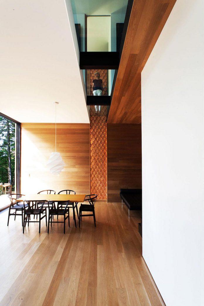 modern-house-woods-polish-sculptor-jacek-jarnuszkiewicz-11