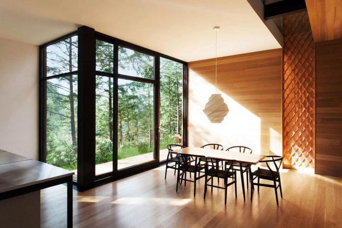 modern-house-woods-polish-sculptor-jacek-jarnuszkiewicz-12