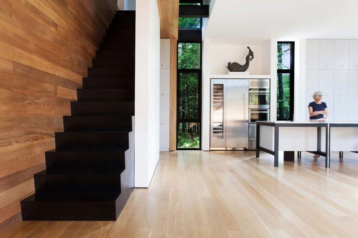 modern-house-woods-polish-sculptor-jacek-jarnuszkiewicz-13