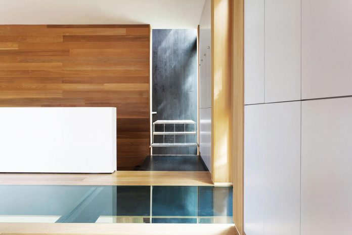 modern-house-woods-polish-sculptor-jacek-jarnuszkiewicz-14