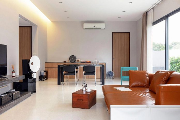 nawamin-24-house-contemporary-simple-house-bangkok-like-design-studio-02