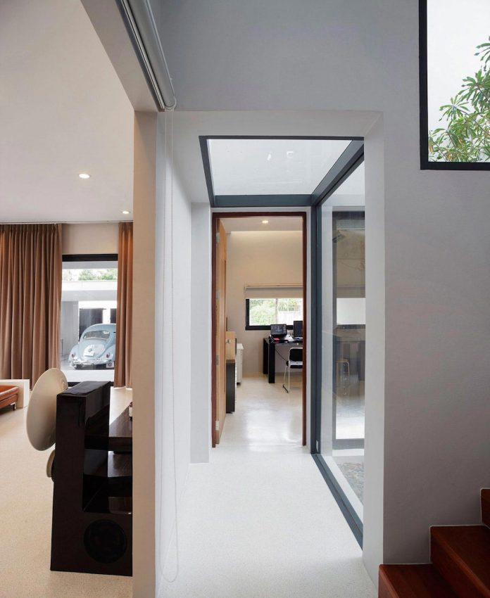 nawamin-24-house-contemporary-simple-house-bangkok-like-design-studio-03