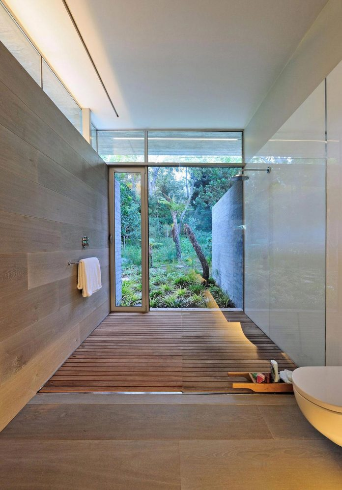 open-plan-house-defined-simplicity-lifestyle-ease-use-beautiful-wooded-riverside-site-constantia-valley-16