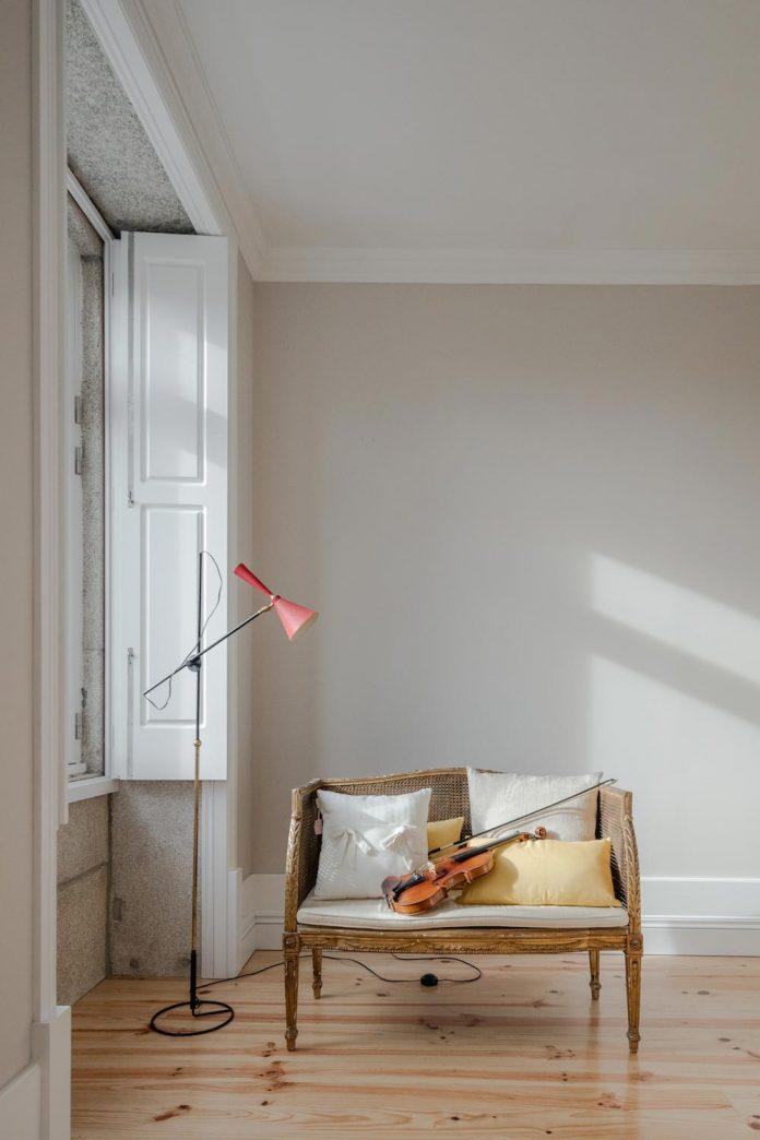 refurbish-abandoned-xix-century-bourgeois-house-convert-set-5-apartments-05