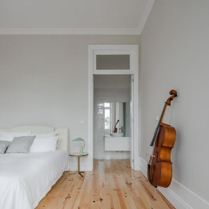 refurbish-abandoned-xix-century-bourgeois-house-convert-set-5-apartments-06