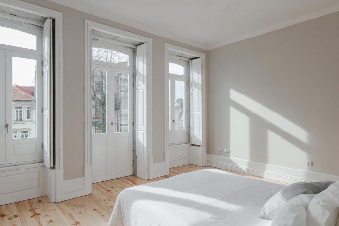 refurbish-abandoned-xix-century-bourgeois-house-convert-set-5-apartments-07