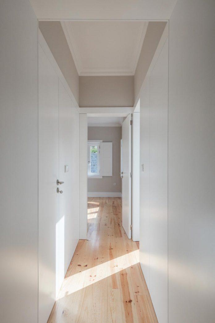 refurbish-abandoned-xix-century-bourgeois-house-convert-set-5-apartments-14