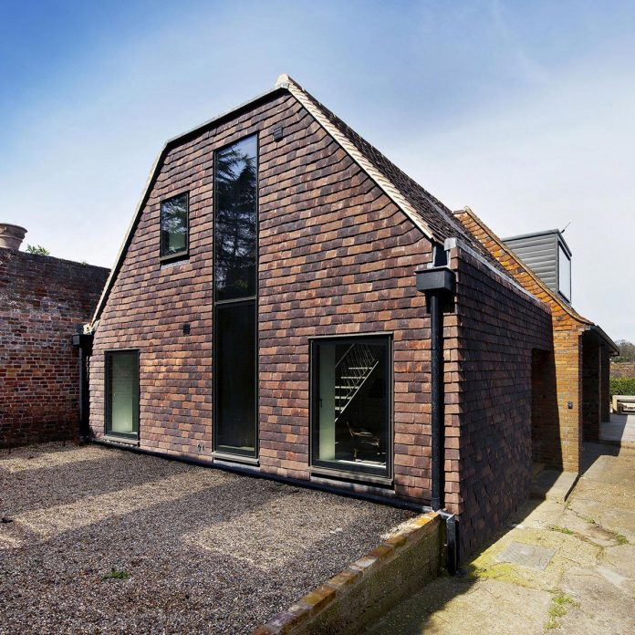renovation-1970s-extension-contemporary-huge-open-living-space-03