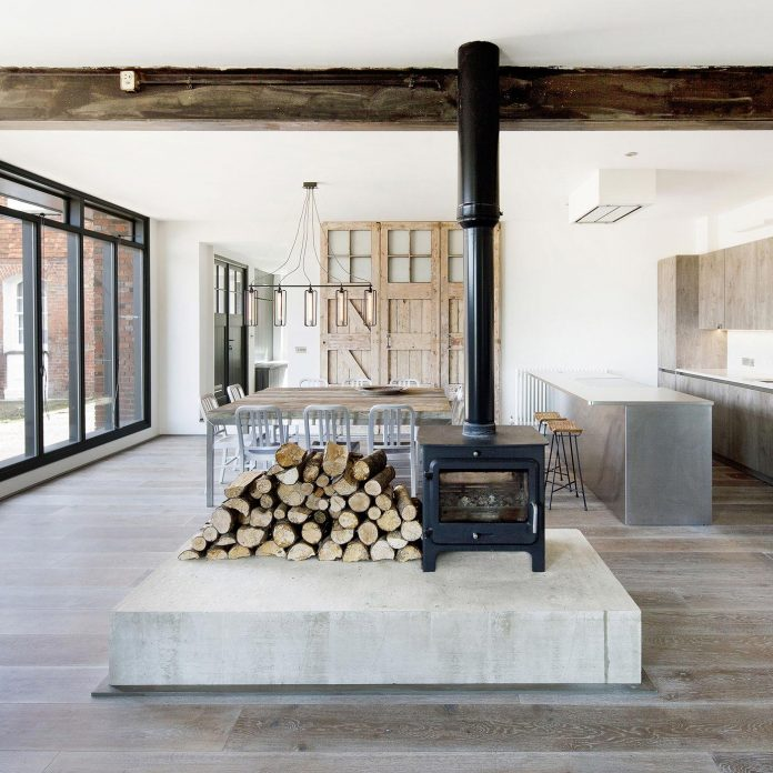 renovation-1970s-extension-contemporary-huge-open-living-space-08