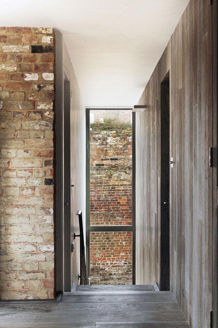 renovation-1970s-extension-contemporary-huge-open-living-space-16