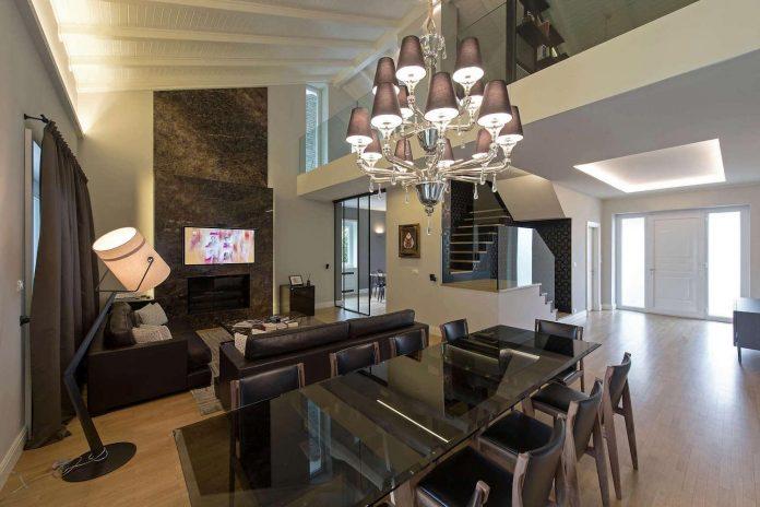 restyling-villa-near-piedmont-alps-italy-elegant-contemporary-style-02