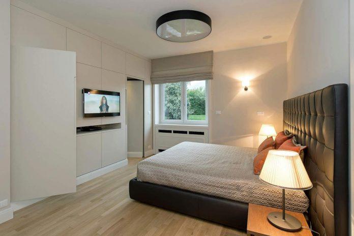 restyling-villa-near-piedmont-alps-italy-elegant-contemporary-style-12