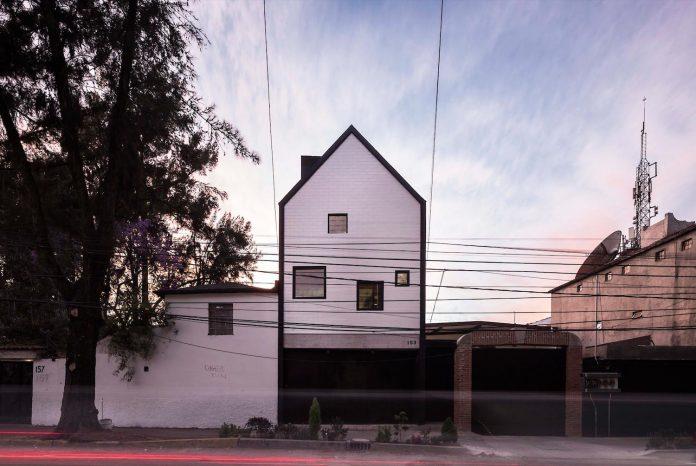 rethink-minimum-dwelling-space-home-set-plot-just-35-64-m2-05
