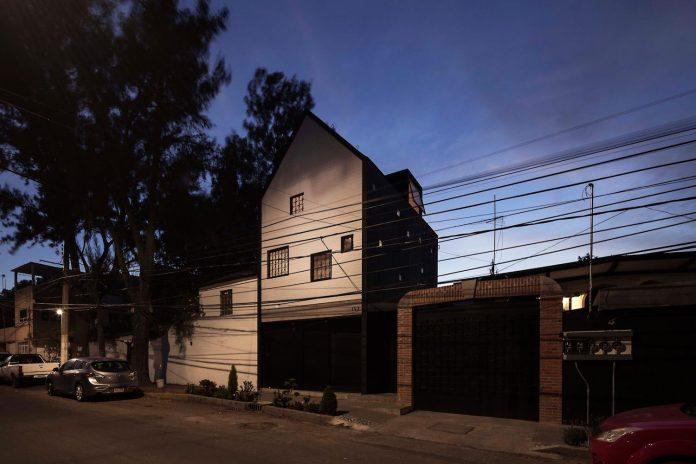 rethink-minimum-dwelling-space-home-set-plot-just-35-64-m2-08