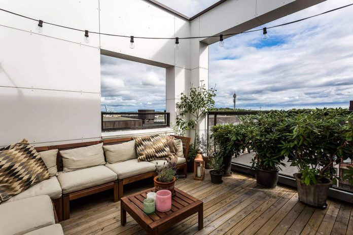 sehlstedtsgatan-7-stylish-penthouse-two-floors-stockholm-sweden-02