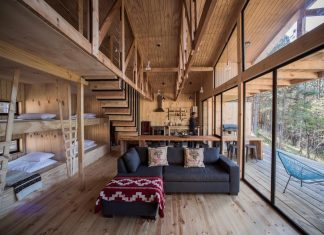 Simple pine wooden shed includes spacious living room and awesome forrest views