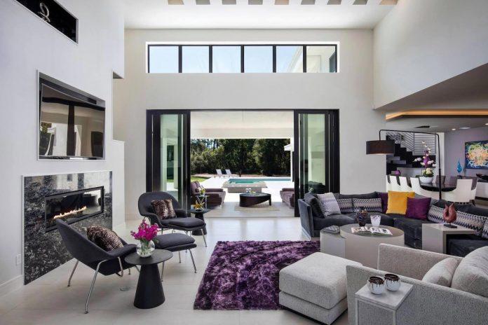 solar-chic-clean-modern-designed-residence-florida-11