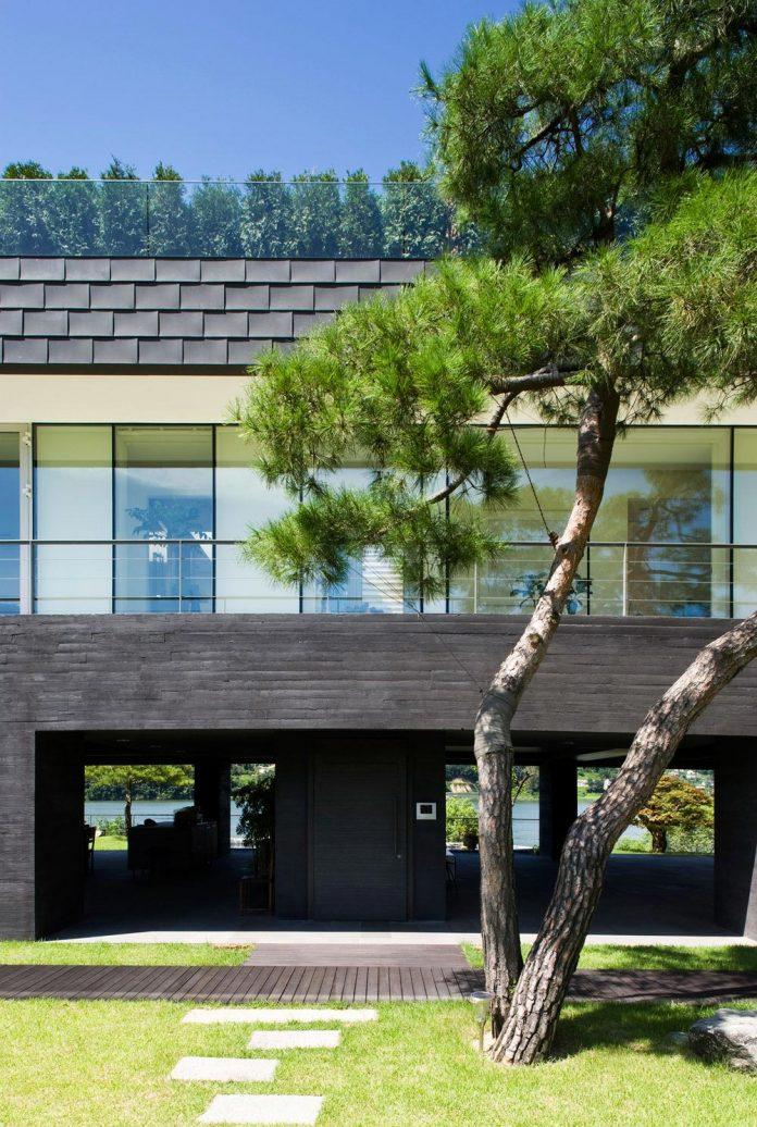 spacious-modern-residence-gyeonggi-south-korea-great-views-lake-10