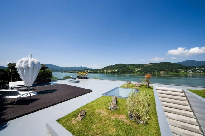 spacious-modern-residence-gyeonggi-south-korea-great-views-lake-11