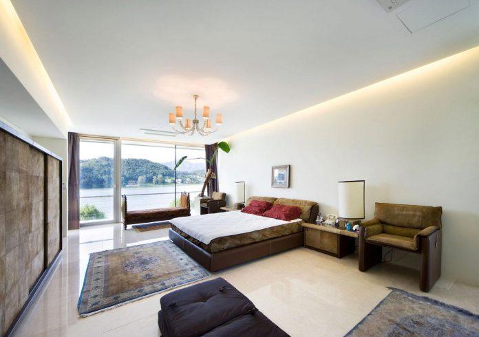 spacious-modern-residence-gyeonggi-south-korea-great-views-lake-19