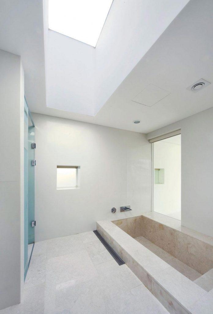 spacious-modern-residence-gyeonggi-south-korea-great-views-lake-22