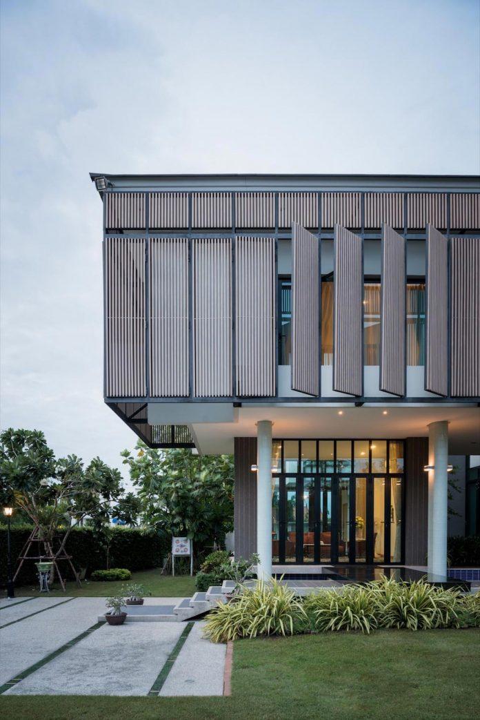 spacious-two-storey-modern-tiwanon-house-nonthaburi-thailand-23