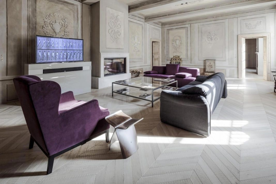 Stylish Apartment RJ in Mantua, Italy designed in pale colors with few touch of other colors