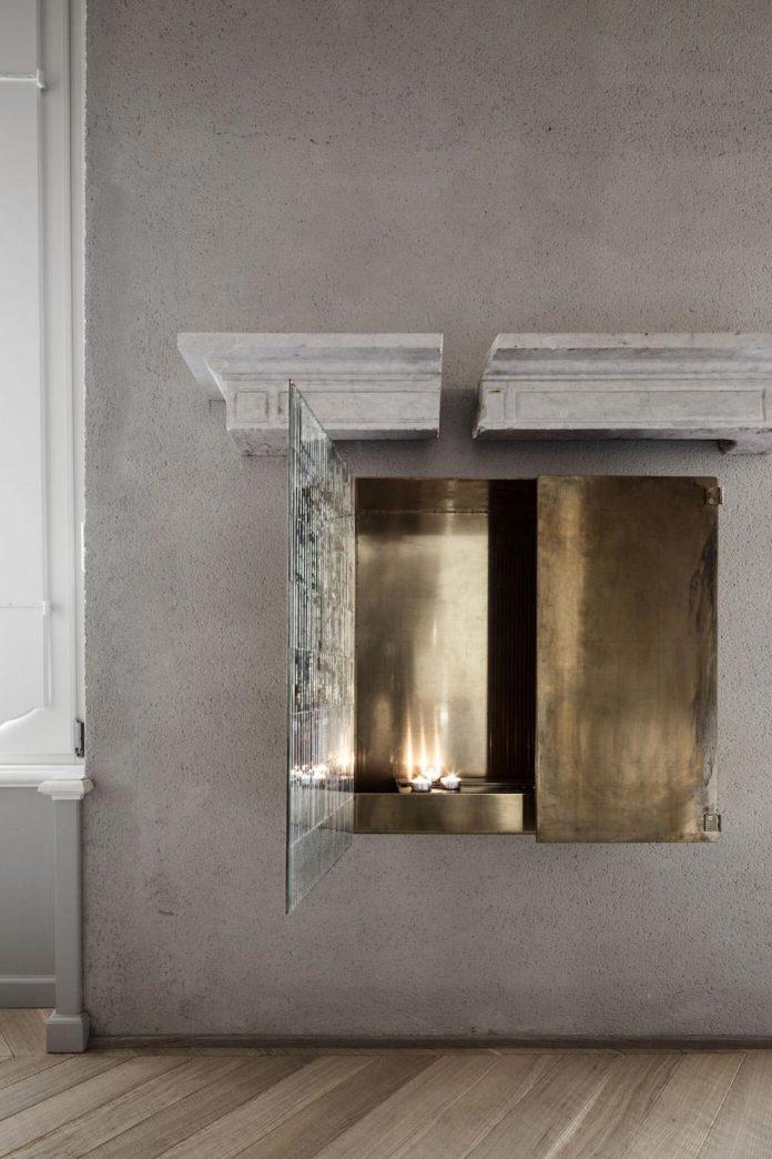 stylish-apartment-rj-mantua-italy-designed-pale-colors-touch-colors-09