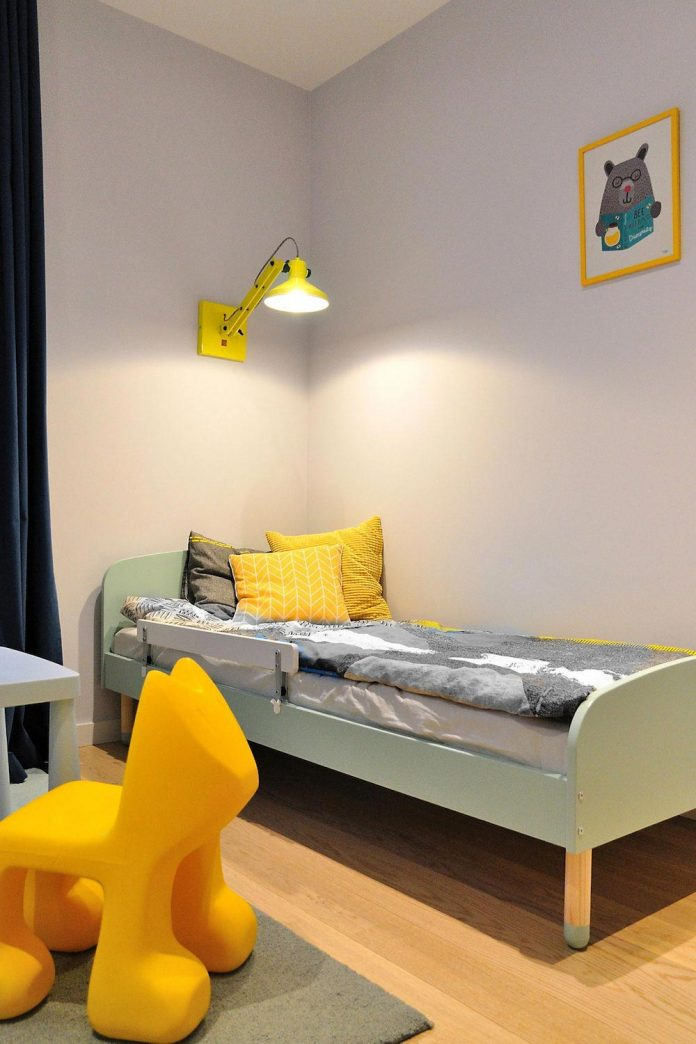 stylish-colourful-apartment-completed-ministerstwo-spraw-wnetrzach-28
