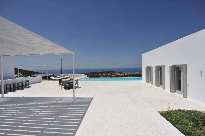 summer-house-sea-views-located-island-paros-cyclades-03