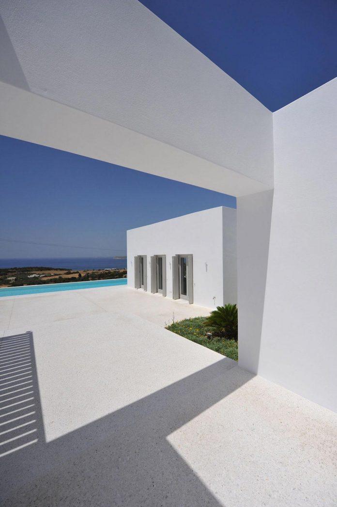 summer-house-sea-views-located-island-paros-cyclades-04