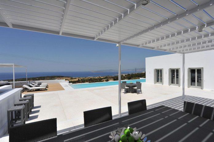 summer-house-sea-views-located-island-paros-cyclades-05