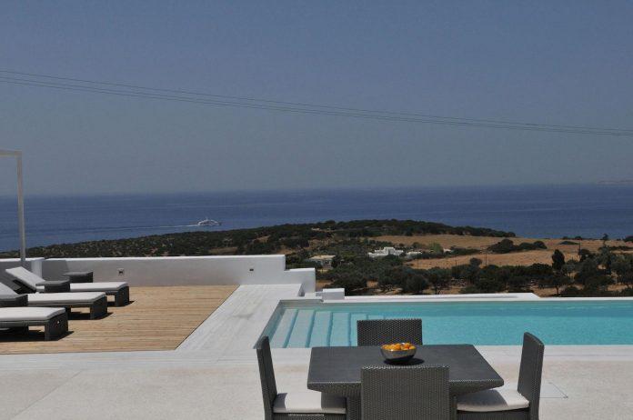 summer-house-sea-views-located-island-paros-cyclades-06