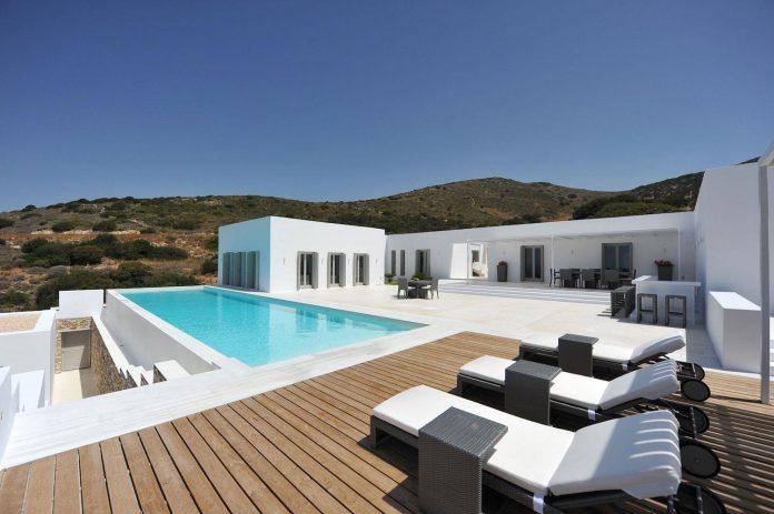 summer-house-sea-views-located-island-paros-cyclades-08
