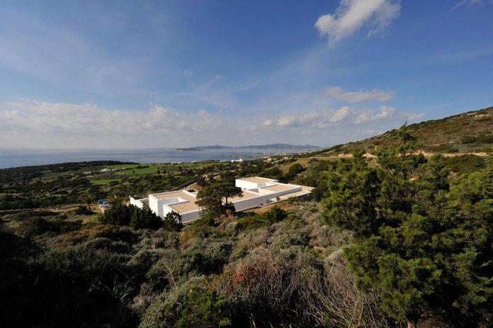 summer-house-sea-views-located-island-paros-cyclades-13