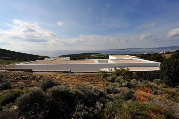 summer-house-sea-views-located-island-paros-cyclades-14