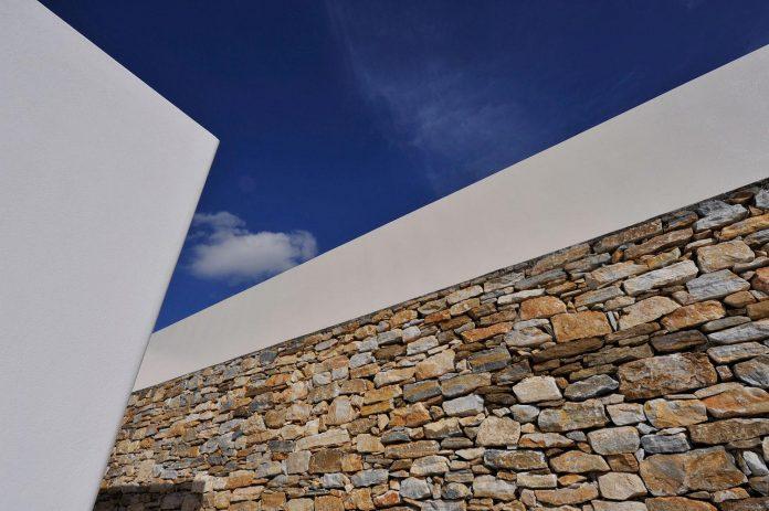 summer-house-sea-views-located-island-paros-cyclades-16
