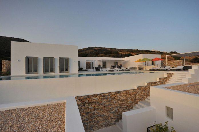 summer-house-sea-views-located-island-paros-cyclades-26