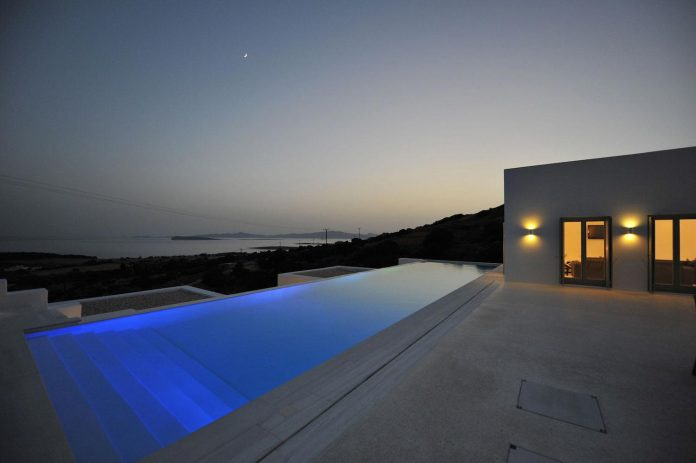 summer-house-sea-views-located-island-paros-cyclades-31