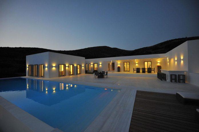 summer-house-sea-views-located-island-paros-cyclades-32