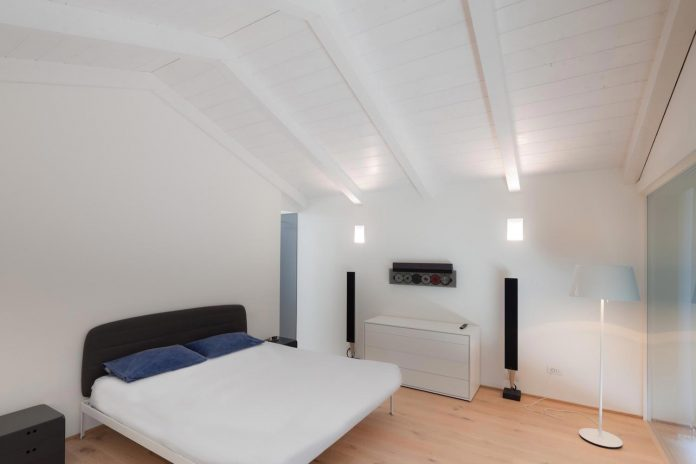 t-shaped-contemporary-house-outskirts-treviso-22