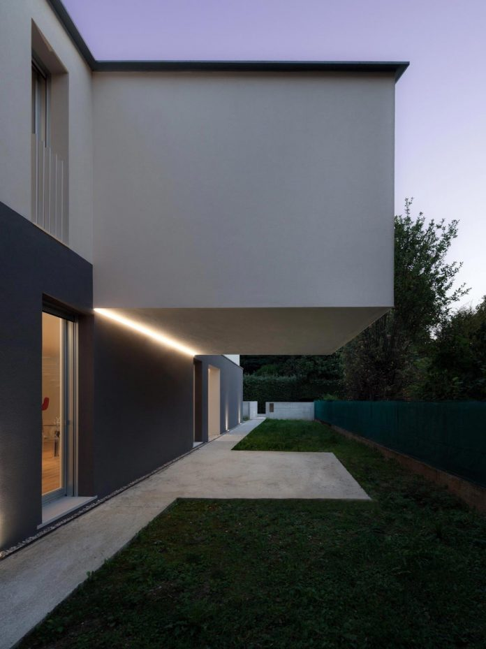 t-shaped-contemporary-house-outskirts-treviso-40